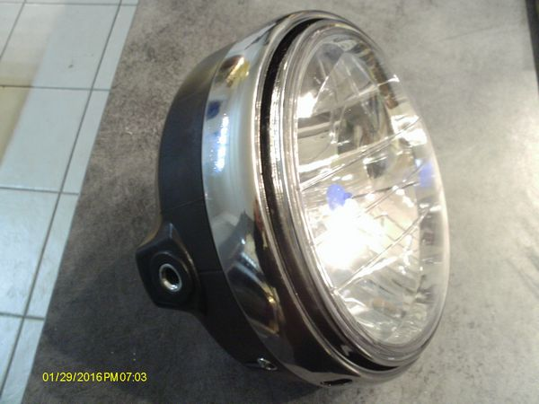 Honda 125CMC & 250CMC: Phare, 200 mms, optique 180 mms